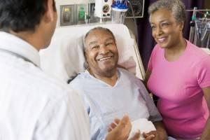 Выведение из запоя в стационаре будет наиболее эффективным, если пациента будут поддерживать его родные и близкие