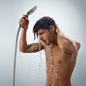 Контрастный душ. Процедура выполняется с перерывом в один час. Это определенный стресс для организма, который позволяет ему прийти в тонус