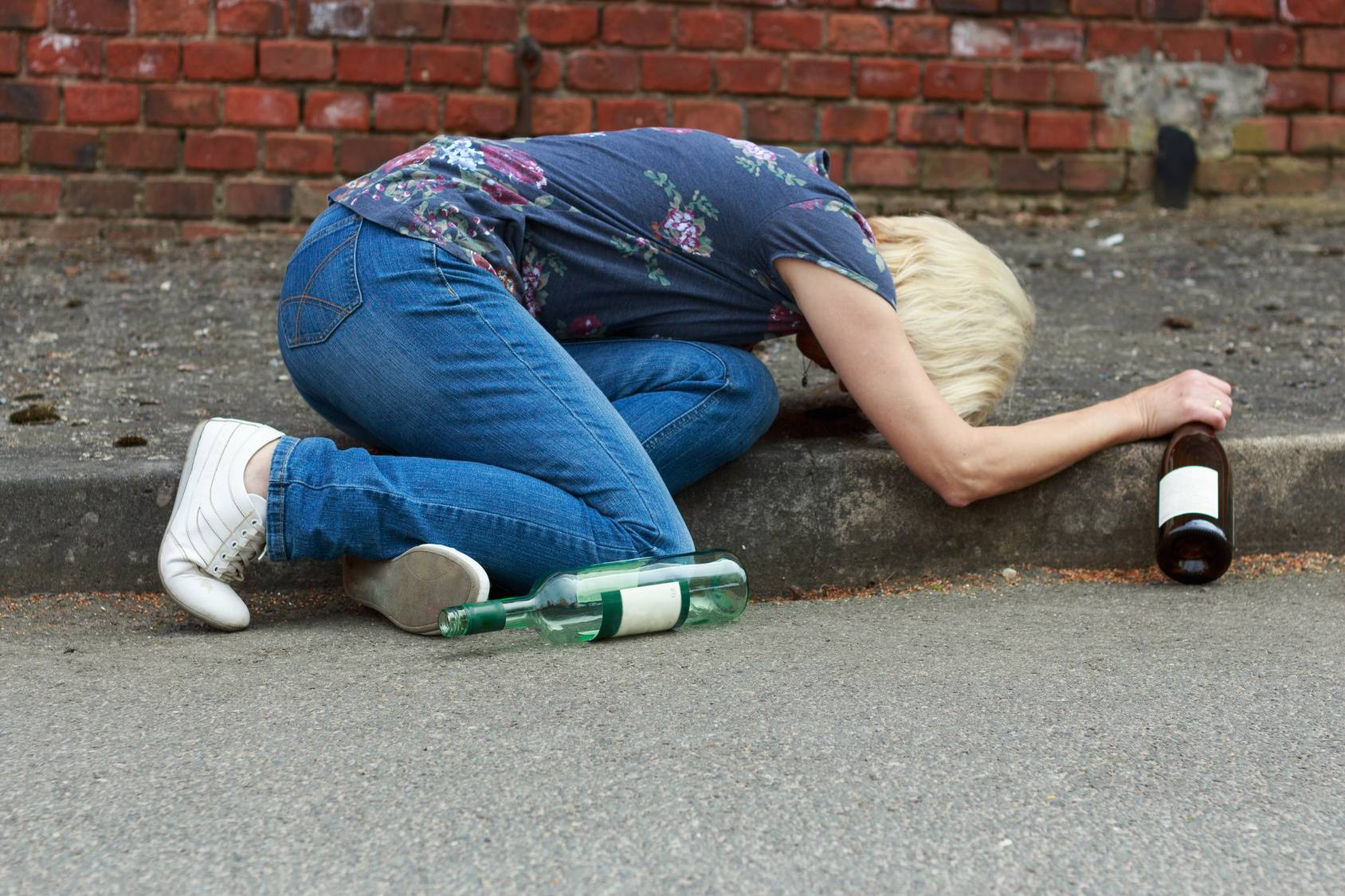 Пьяный и женщина картинка