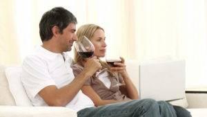 Печень у мужчин намного быстрее справляется с переработкой спиртного, чем у женщин