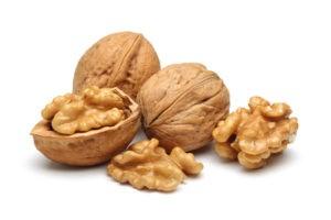 Raw-whole-walnuts1