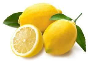 Цитрусовые, в особенности лимон с большим количеством витамина С в составе эффективно растворяет этиловый спирт