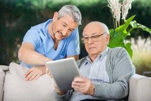 При кодировке пациент подписывает документ, в котором четко сказано, что на процедуру идет добровольно