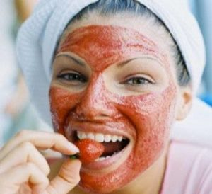 strawberry-face-mask