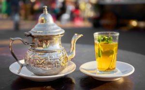 В промежутках между приемами пищи допускается пить воду, травяные чаи, кефир, ряженку и т.д.