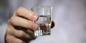 Совмещать препарат Флебодиа со спиртным запрещено
