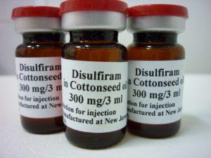 Хороший эффект достигается с использованием Дисульфирама